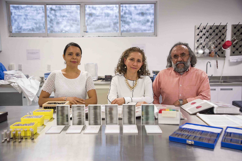 Investigadores y académicos responsables del Laboratorio de Paleoecología, del Centro Universitario de la Costa Sur (CUCSur).