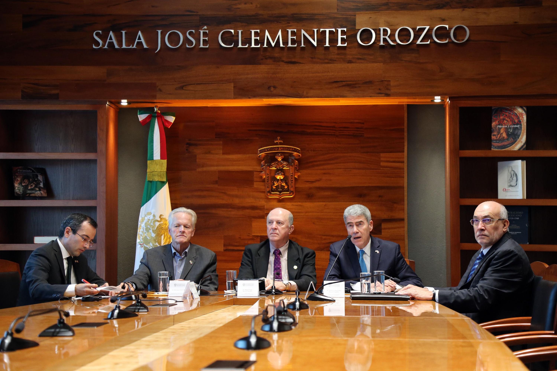 Director General de Vinculación Estratégica de la ANUIES, doctor Guillermo Hernández Duque Delgadillo, haciendo uso de la palabra durante rueda de prensa
