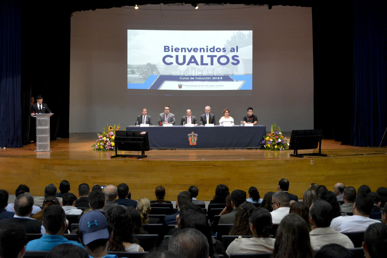 Ceremonia de bienvenida al CUALTOS, curso de inducción 2018