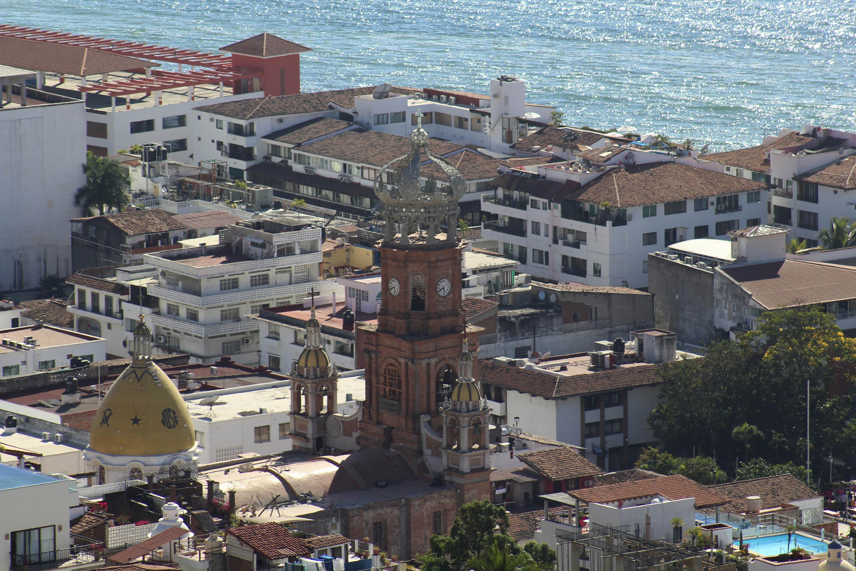 Tradicional parroquia de Nuestra Señora de Guadalupe en Puerto Vallarta