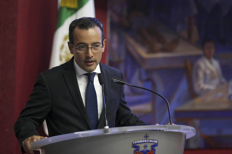 Coordinador General de Cooperación e Internacionalización (CGCI) doctor Carlos Iván Moreno Arellano, haciendo uso de la palabra durante la ceremonia de bienvenida
