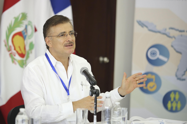 El maestro Itzcóatl Tonatiuh Bravo Padilla es diputado federal electo de la LXIV Legislatura