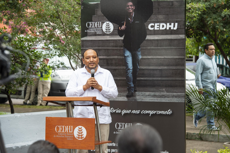 Hablo en el evento de inaugiracion El Presidente de la Comisión Estatal de Derechos Humanos de Jalisco (CEDHJ) doctor Alfonso Hernández Barrón