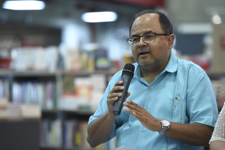 El maestro Jorge Orendáin, de la Editorial Universitaria