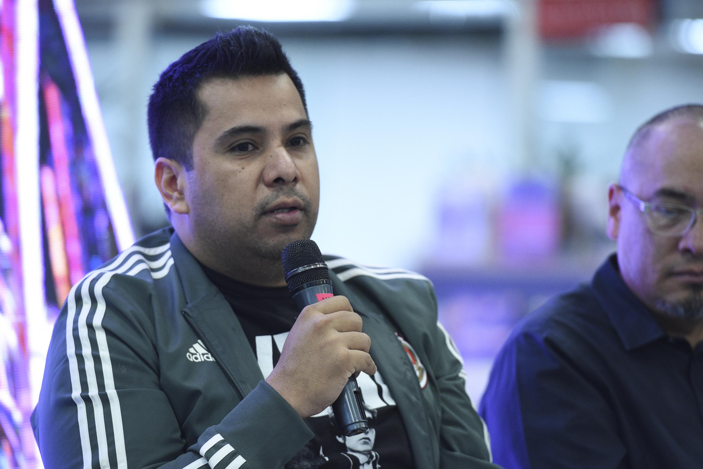 El escritor Carlos Velázquez, Presidente del jurado del premio