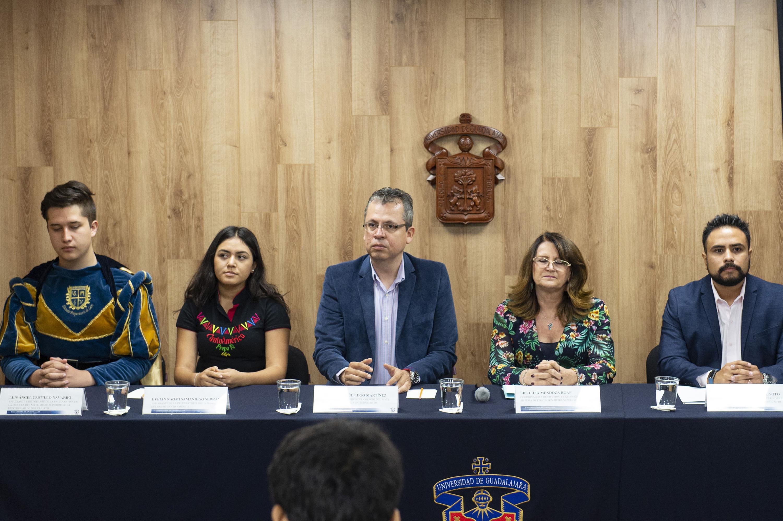 Rueda de prensa para anunciar que La Universidad de Guadalajara (UdeG) y la Universidad de Guanajuato (UG) realizan un intercambio cultural