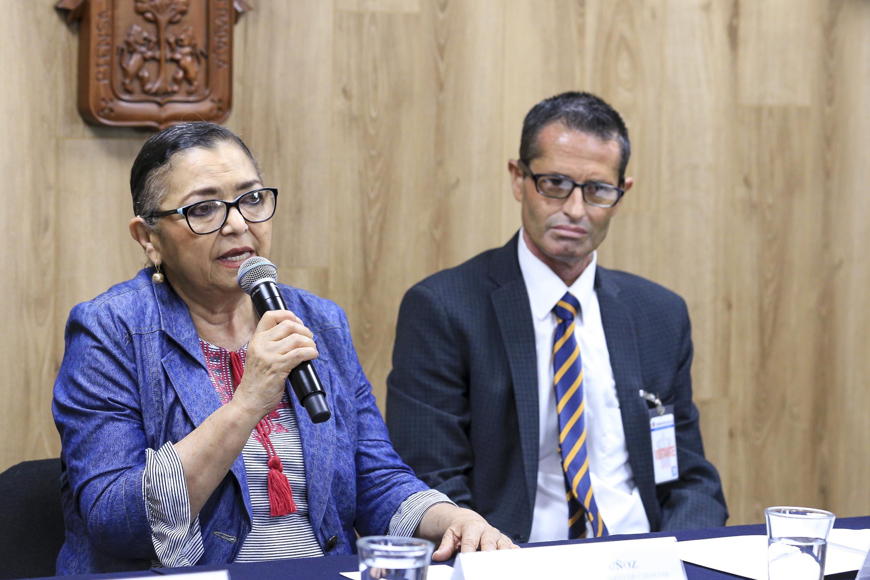 Rectora del Centro Universitario de Ciencias Exactas e Ingenierías (CUCEI), doctora Ruth Padilla Muñoz, haciendo uso de la palabra