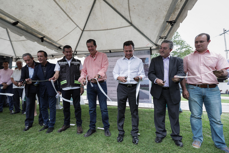 El Ayuntamiento de Zapopan entregó la obra de rehabilitación de acceso al Centro Universitario de Ciencias Biológicas y Agropecuarias (CUCBA), de la Universidad de Guadalajara (UdeG)