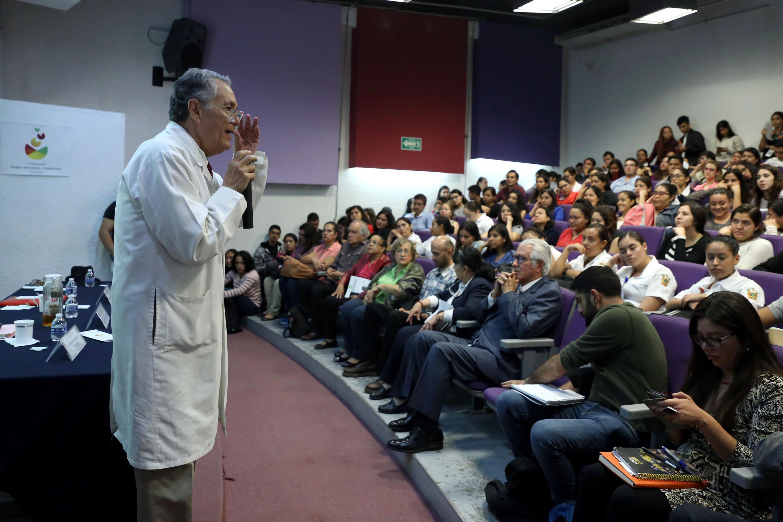 Primer Simposio de Terapias Alternativas y Tradicionales, en el CUCS