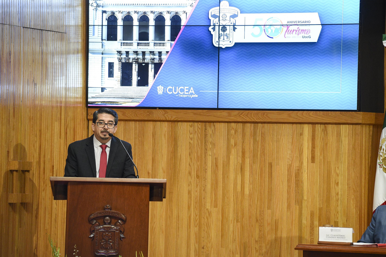 """Conferencia magistral """"El desarrollo del turismo en México y la educación superior"""", como parte del 50 aniversario de la licenciatura en Turismo del Centro Universitario de Ciencias Económico Administrativas (CUCEA)"""