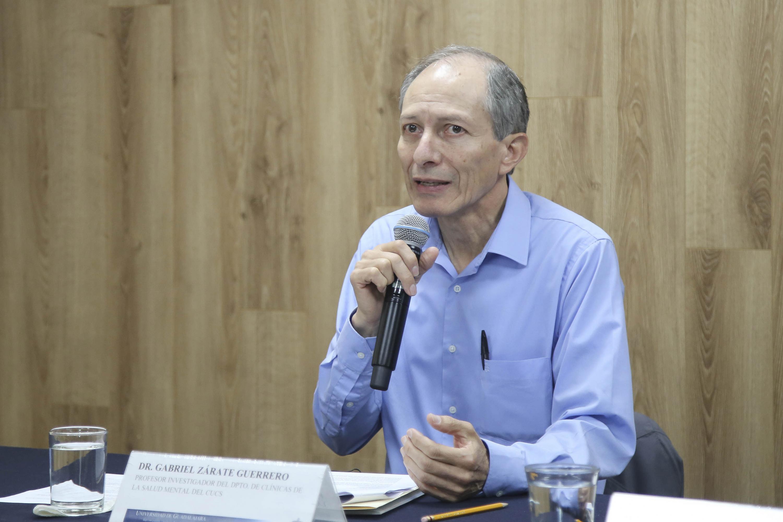 Dr. Gabriel Zarate Guerrero es profesor investigador del CUCS