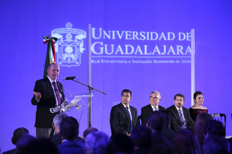 El Rector General de la UdeG, doctor Miguel Ángel Navarro Navarro dijo que este centro posiciona a esta Casa de Estudio como una de las universidades públicas estatales más avanzadas