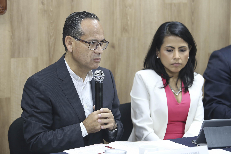 Doctor Héctor Raúl Pérez Gómez, Director del OPD Hospital Civil de Guadalajara