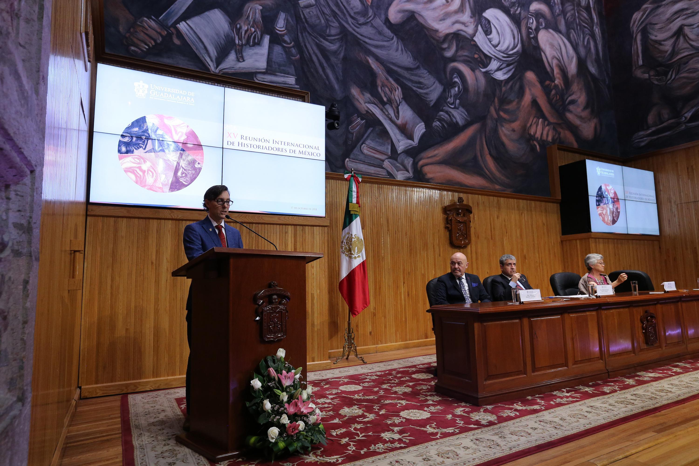 Conferencia magistral sobre historiografía en México, dentro de la décimo quinta Reunión Internacional de Historiadores de México