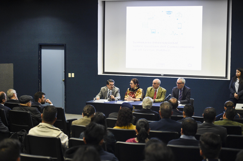 """Conferencia magistral """"Gestión de la ciencia y la tecnología en México"""", dentro del Seminario Internacional sobre Gestión del Conocimiento en el Sector Público"""