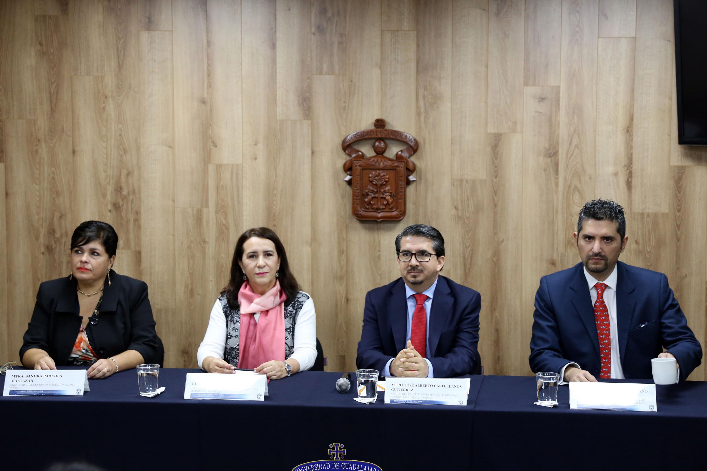 Rueda de prensa para dar a conocer que CUCEA abrió el  primer Centro Público de Mediación en toda la Red Universitaria, con el aval del Instituto de Justicia Alternativa (IJA).