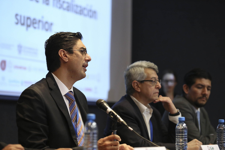 Doctor Jorge Alejandro Ortiz Ramírez, Auditor Superior del Estado de Jalisco, haciendo uso de la palabra.