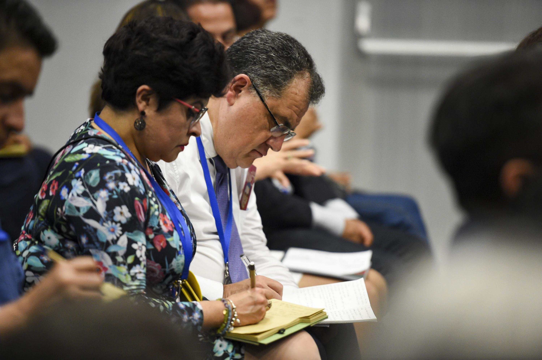 """Publico asistente al panel """"El Plan de Austeridad del gobierno de Andrés Manuel López Obrador"""", en el marco del vigésimo tercer Congreso Internacional del Centro Latinoamericano de Administración para el Desarrollo (CLAD) 2018"""