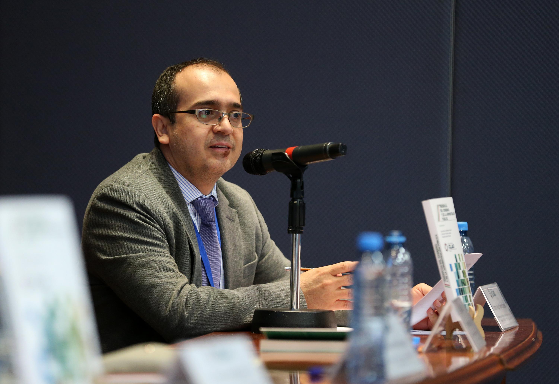Doctor Cristian Sánchez Jauregui, Secretario Ejecutivo del Instituto de Investigación en Políticas Públicas y Gobierno, del CUCEA; haciendo uso de la palabra.