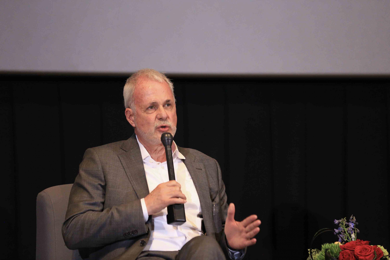 """Presidente de la FIL, licenciado Raúl Padilla López haciendo uso de la palabra durante la inauguración del proyecto audiovisual Somos valientes """"Capítulo Jalisco"""""""