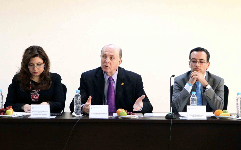 Rueda de prensa para anunciar el relevo en la Vicerrectoría Ejecutiva de la UdeG