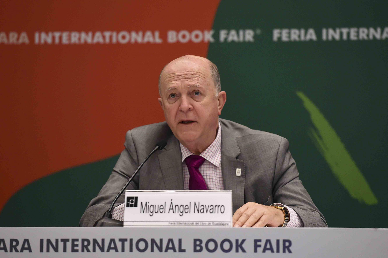 Rector General de la Universidad de Guadalajara (UdeG), doctor Miguel Ángel Navarro Navarro, haciendo uso de la palabra