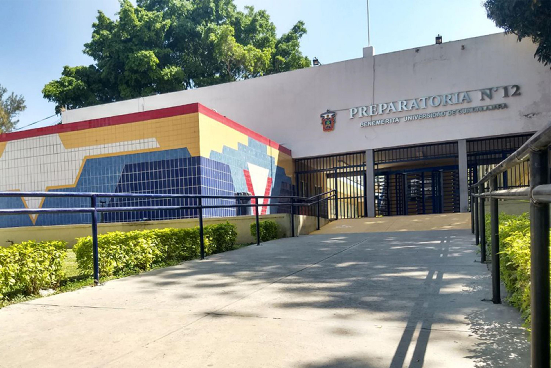 Fachada de la Preparatoria 12 de la Universidad de Guadalajara