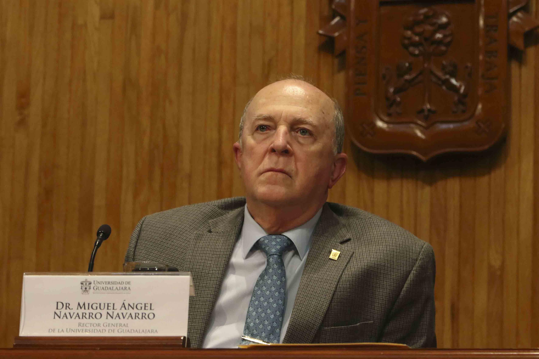 Rector General de la Universidad de Guadalajara, Miguel Ángel Navarro.