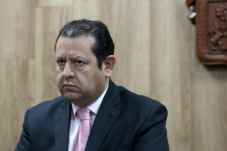 Presidente Ejecutivo del CIAM 2019, doctor Martín Gómez Lara, participando en rueda de prensa