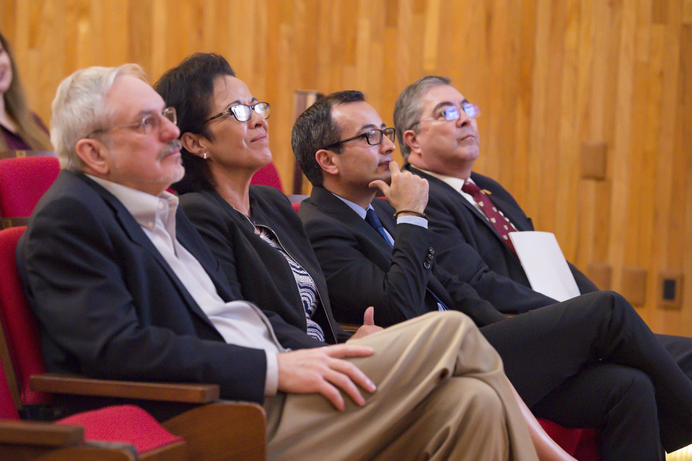 Autoridades de la universidad de Guadalajara durante la inauguración del Diplomado de Uso de Datos Satelitales