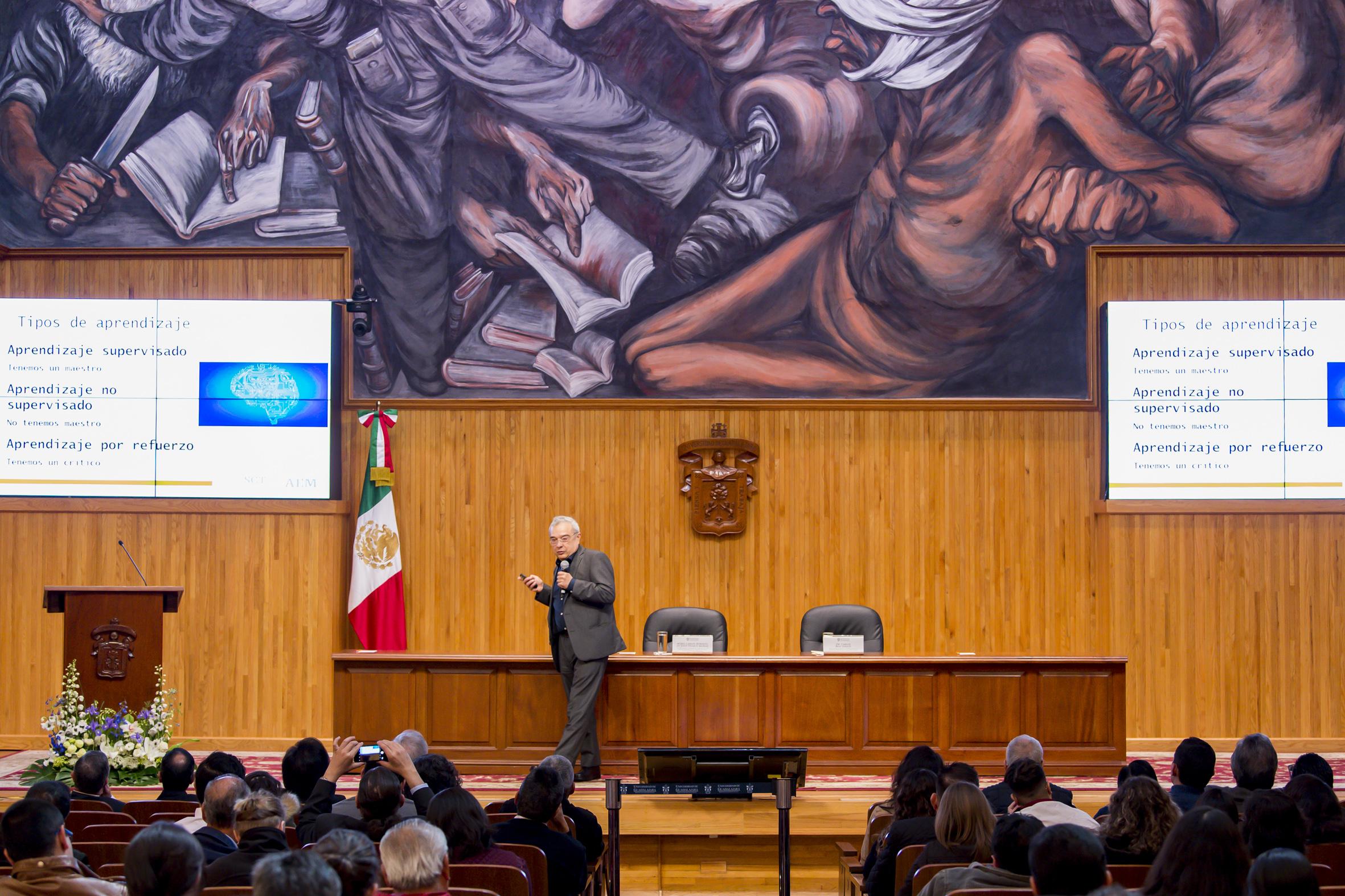 Inauguración del Diplomado de Uso de Datos Satelitales, organizado por la Universidad de Guadalajara, este lunes en el Paraninfo Enrique Díaz de León