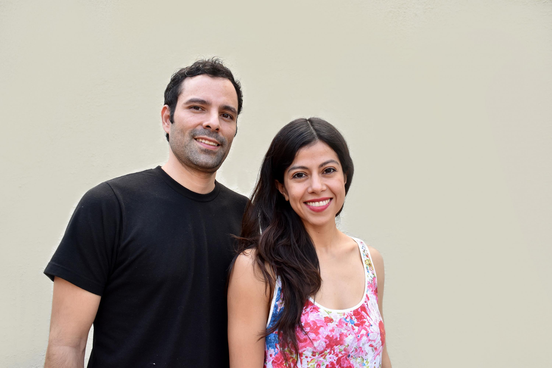 Los egresados de la licenciatura en Gestión Cultural de UDGVirtual, Diana Bayardo Mercado y Gervasio Cetto Bojórquez