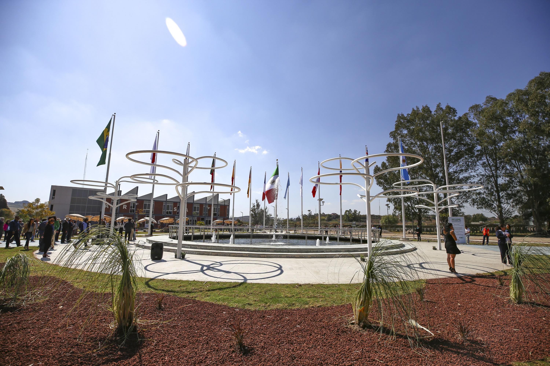 Plaza París que fue inaugurada en el Centro Universitario de Tonalá (CUTonalá), de la Universidad de Guadalajara (UdeG)