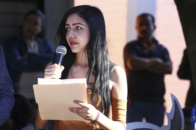 Una estudiante que hablo durante el acto dijo los alumnos manifestaron su interés por este programa