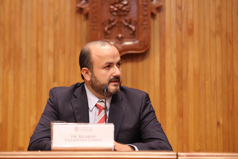 Doctor Ricardo Villanueva Lomelí, Rector General Electo de la Universidad de Guadalajara para el periodo 2019-2025, haciendo uso de la palabra.
