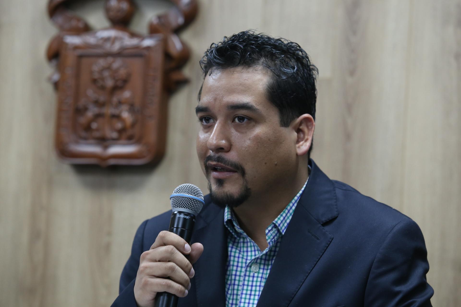Licenciado José Carlos Cervantes Aguilera, promotor de Cannafest y Presidente del Colectivo 4:20 Guadalajara, en uso de la palabra