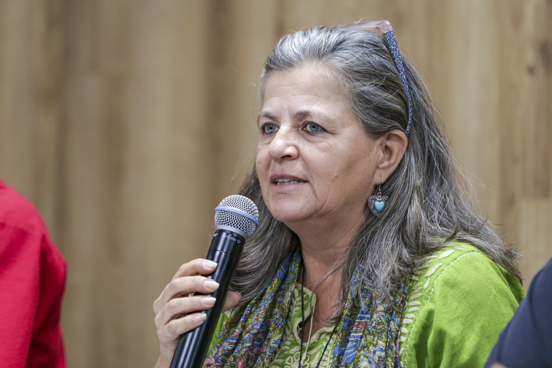 La Coordinadora del Centro de Investigación y Producción de Tecnología Ecológica para la Vivienda AC, arquitecta Elena Ochoa Mendoza, en uso de la palabra