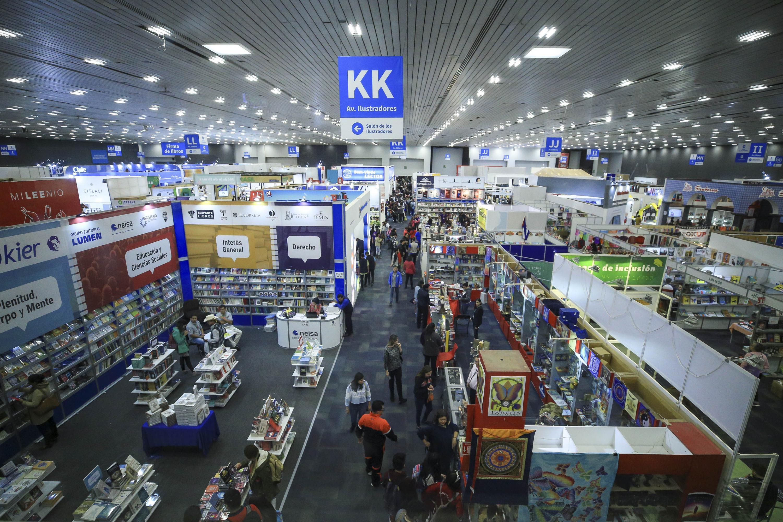 Vista panorámica de la Feria Internacional del Libro de Guadalajara, en el recinto Expo Guadalajara