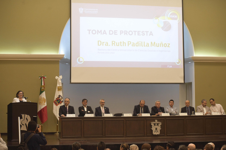 Rectora del Centro Universitario de Ciencias Exactas e Ingenierías (CUCEI), doctora Ruth Padilla Muñoz, en uso de la palabra