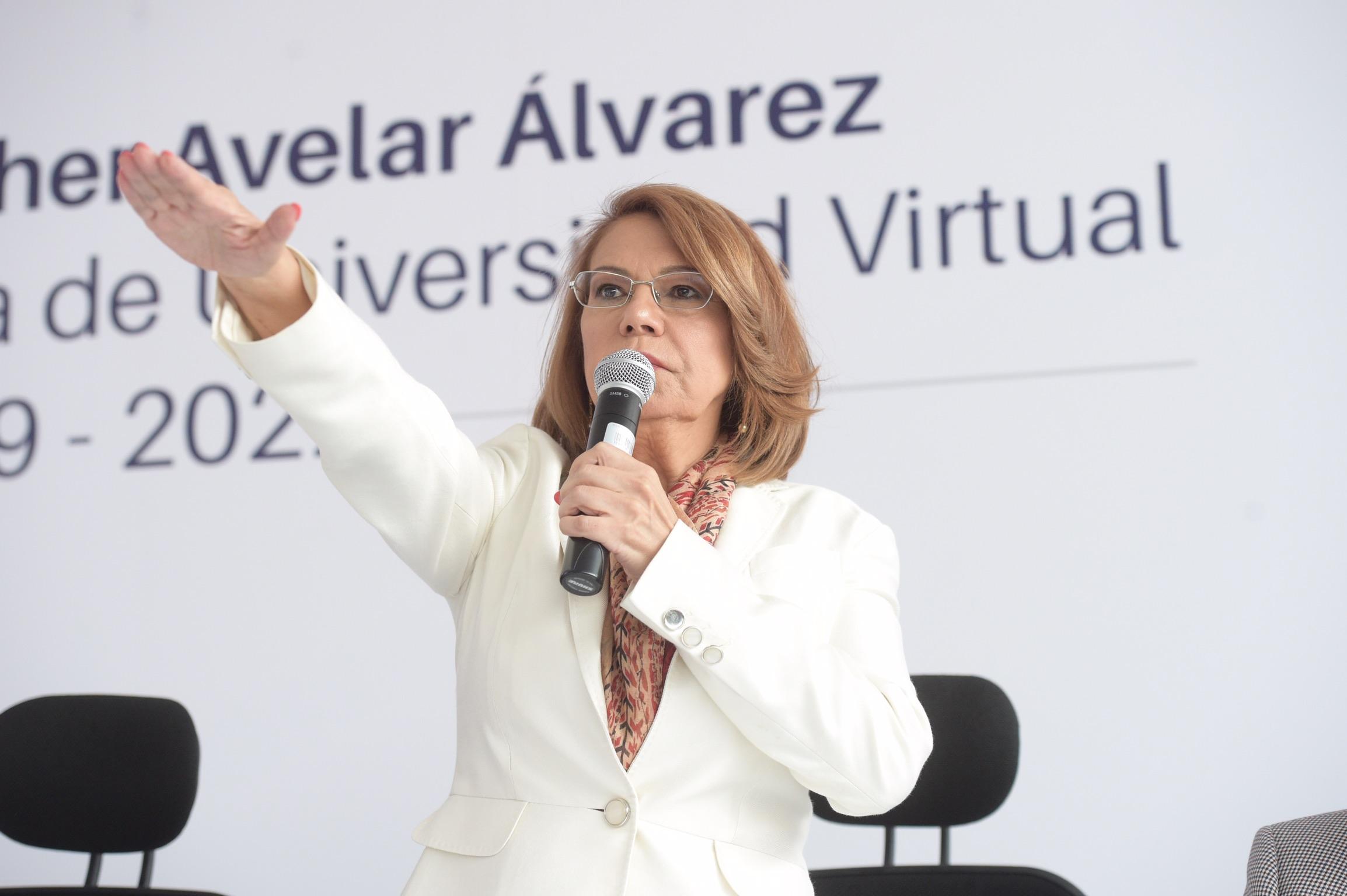 Doctora María Esther Avelar Álvarez, tomando protesta como Rectora del Sistema de Universidad Virtual (UDGVirtual), para el periodo 2019-2022