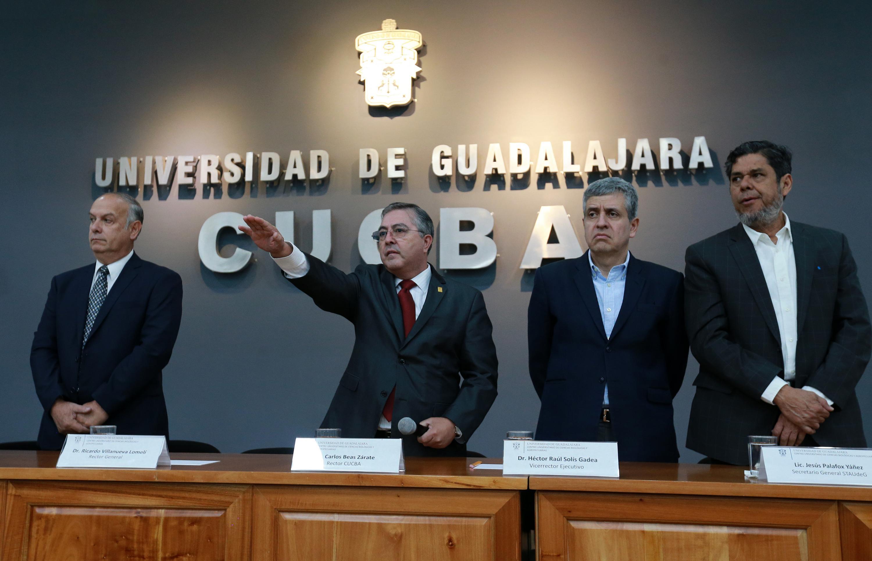 Doctor Carlos Beas Zárate, tomando protesta como Rector del Centro Universitario de Ciencias Biológicas y Agropecuarias (CUCBA), para el periodo 2019-2022