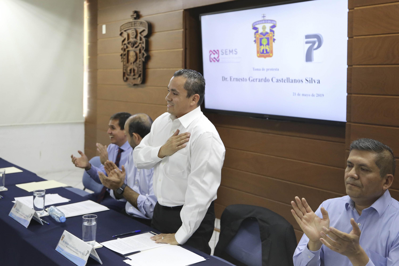 Doctor Ernesto Gerardo Castellanos Silva, tomando protesta como Director de la Preparatoria 7, para el periodo 2019-2022