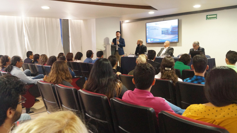El Rector del CULagos, doctor Aristarco Regalado Pinedo, da su mensaje de bienvenida a la Universidad Internacional de Verano (UIV) 2019