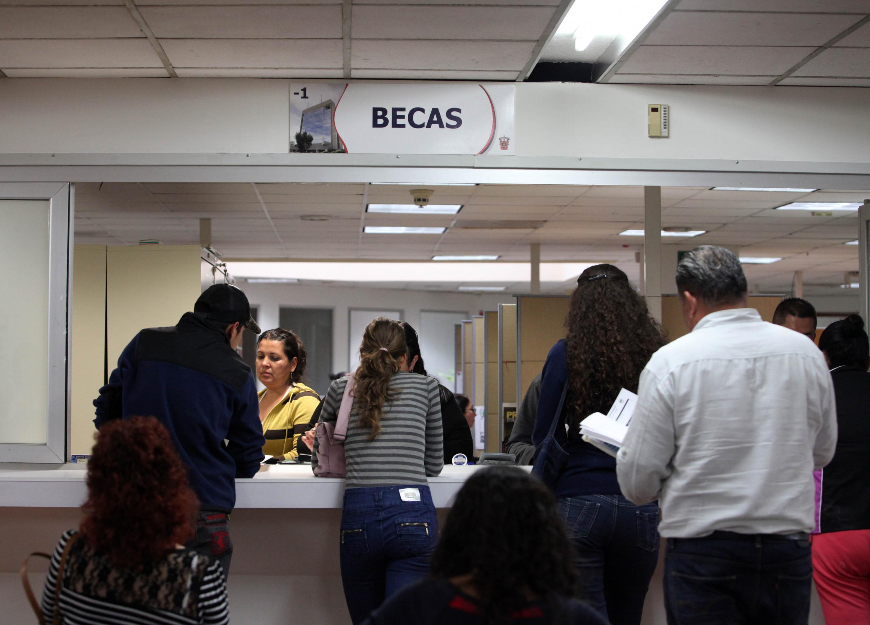 La Coordinación de Estudios Incorporados, de la Universidad de Guadalajara (UdeG), abrió convocatoria para que los alumnos de las instituciones particulares, o por cooperación, con reconocimiento de validez oficial por esta Casa de Estudio