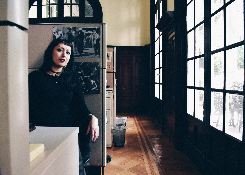 El escritora y editora, Lola Ancira