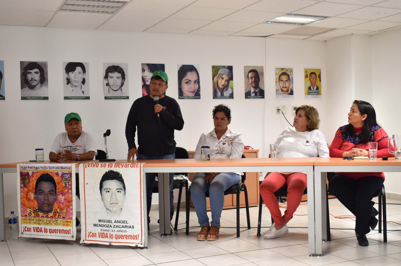 """Académicos participaron en el conversatorio """"Búsqueda y memoria, su ausencia nos duele a todxs"""""""