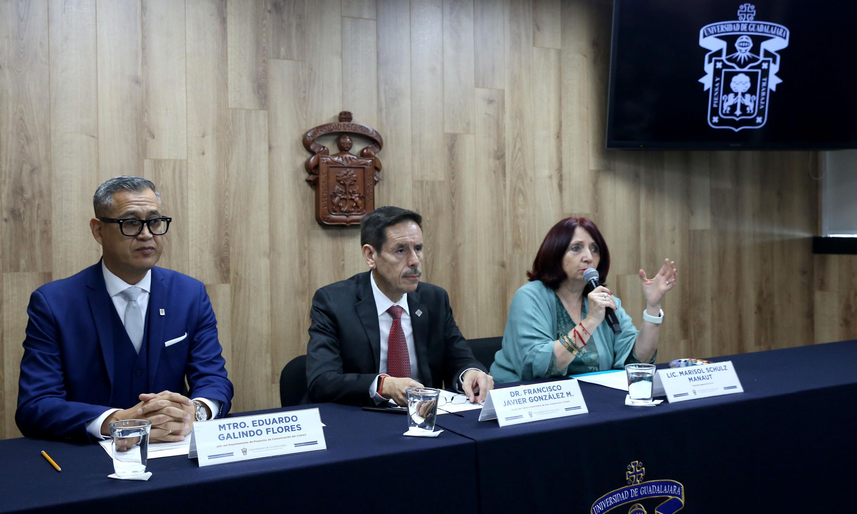 Autoridades Universitarias en rueda de prensa para dar a conocer el programa de actividades del Encuentro de Caricatura e Historieta, así como el Homenaje La Catrina