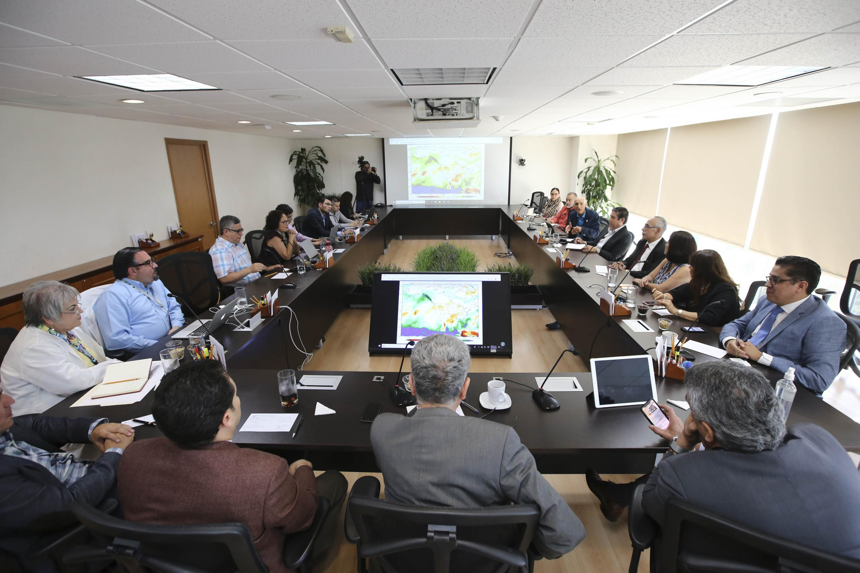 El Comité Especial para el Abordaje Multidisciplinario del Dengue, de la Universidad de Guadalajara (UdeG), reunido por segunda ocasión