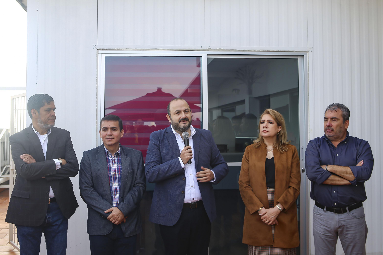 Autoridades Universitarias en la inauguración el nuevo comedor para trabajadores de Educación Media Superior (SEMS) de la Universidad de Guadalajara (UdeG)