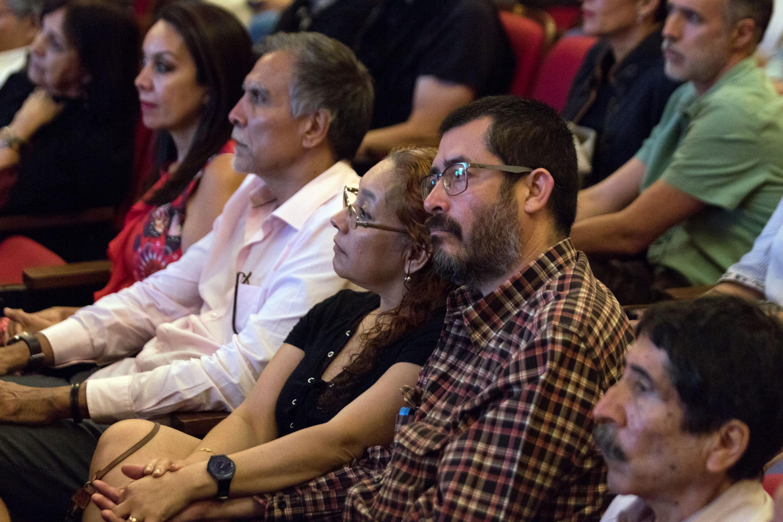 Asistentes a la presentación del catálogo Colección del Museo de las Artes de la Universidad de Guadalajara